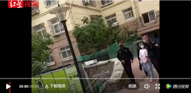 青岛女律师疑被亲生女儿勒死,尸体装进行李箱……